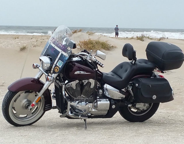 Is a motorcyclist required to purchase motorcycle insurance coverage in Florida?